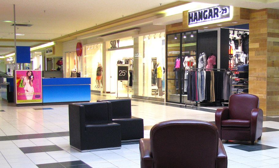 Carrefour Frontenac
