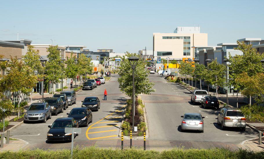 Quartier Laval